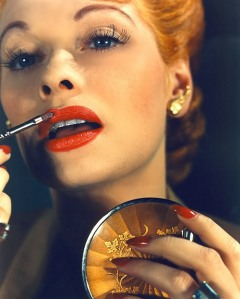 vintage+woman+lipstick+2